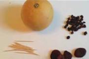 בובה מפירות יבשים